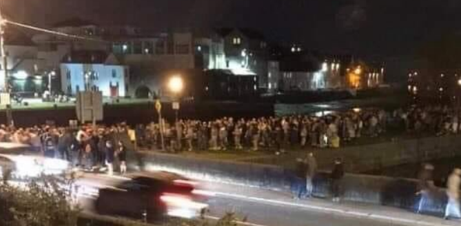'Worrying scenes' as crowds of young people gather in Galway City